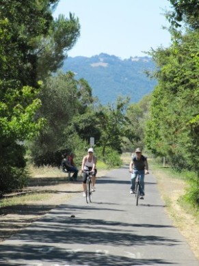 Sonoma Walk/Bike Trail