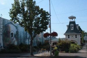 Cottage Grove town Oregon
