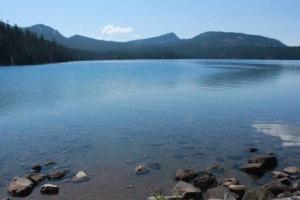 Waldo Lake vista