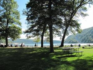 picnic area Devils Lake