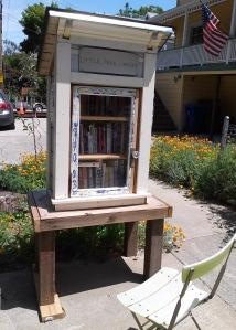 Port Costa reading room w garden 5-15