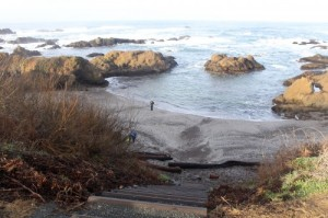 Stairs to Glass Beach m